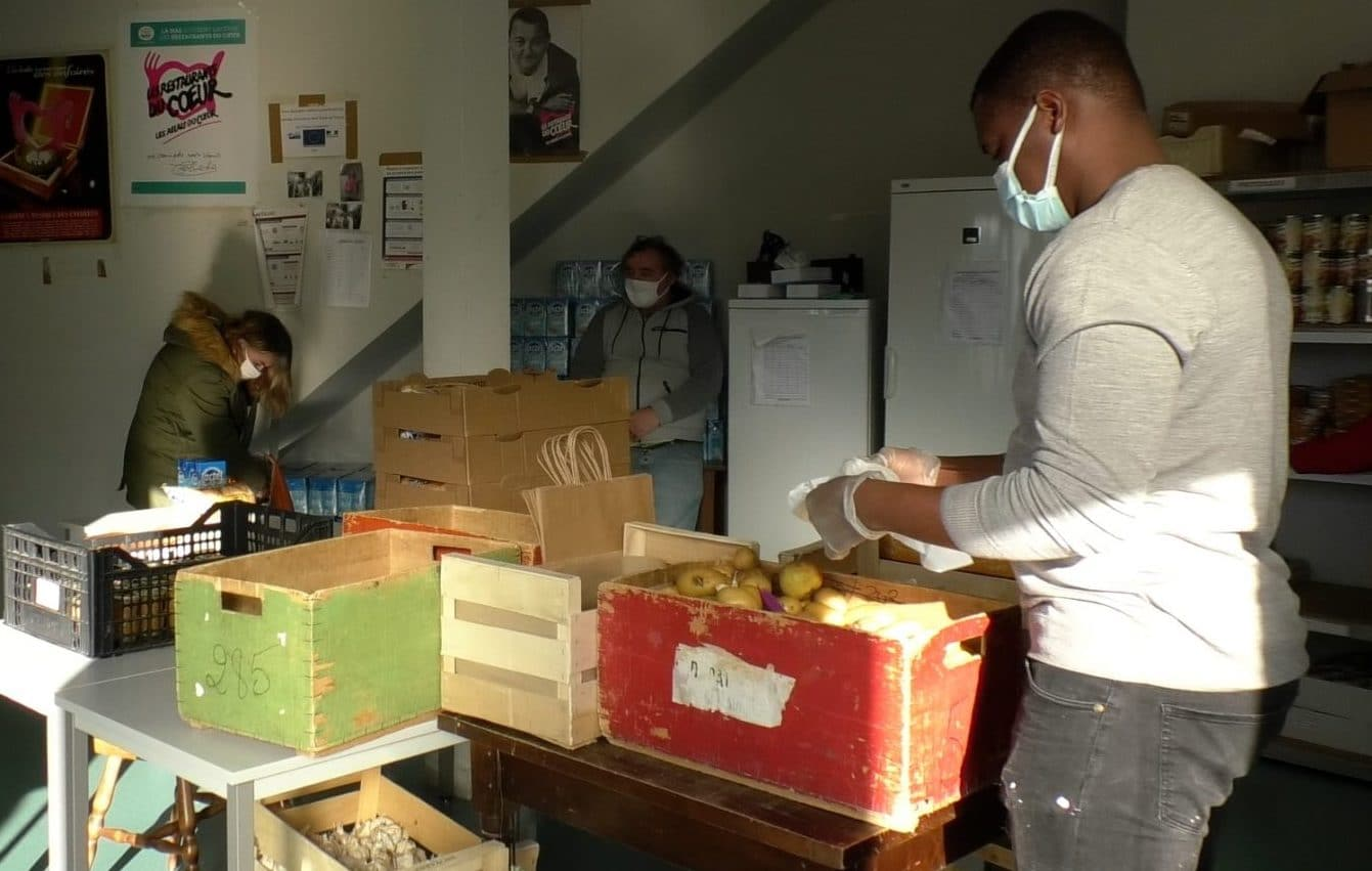 Solidaires face au Covid : Les Restaurants du Coeur